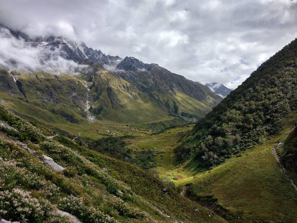 Enchanted & Enlightened - Valley of Flowers, Hemkund Sahib, Badrinath & Mana