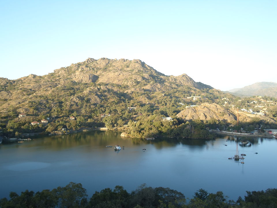 Photos of There is more to Rajasthan than Dunes : Mount Abu 1/1 by Aarush Tandon