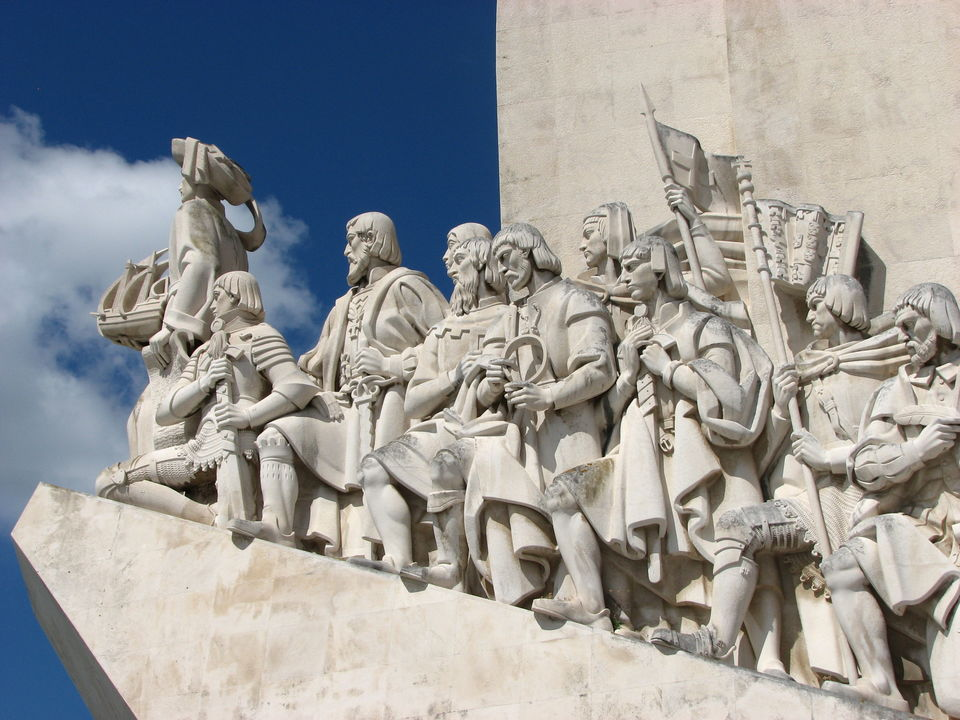 Photos of Looking up the Lisbon Sky: Circumnavigating the Portuguese capital the Second Time Around 1/1 by Unshod Rover