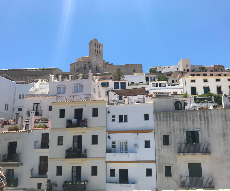 Photos of The White And Quiet Side Of Ibiza 1/1 by Shubhangi Jeswal