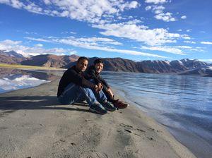 New Delhi to Srinagar to Pangong Lake (Leh/Ladakh) to Manali to New Delhi in 5 days (INR 15000/-)