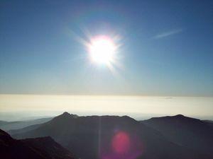 The mountains older than the Himalayas - Girnar Trek