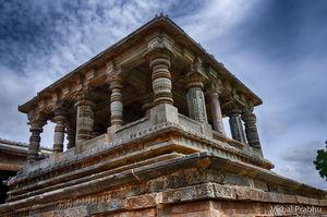 Halebidu - A peek into the glorious past