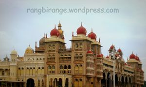 Palace of the Richest Indian Kingdom and the tale of 100,000 lights