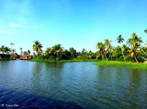 Kerala Diaries 2: The quintessential houseboat cruise – Worth it/ Not?