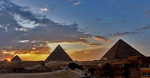 Cairo: Full-day Pyramids tour