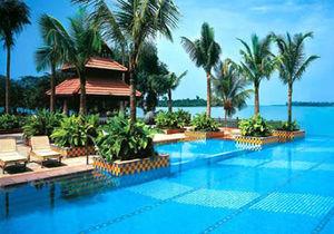 Cochin: Gateway To Kerala