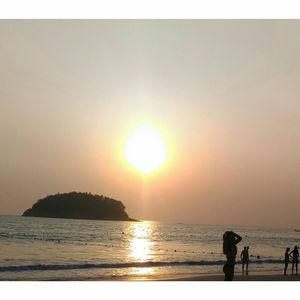 Phuket - Laissez Moi Là