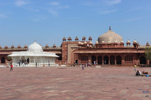 Agra: Alluring legacy of an empire