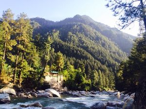 How To Backpack Across 'Parvati Valley' for 10 Days In Just Rs. 10,000