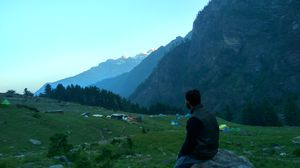 When the mountains come calling - Kheerganga trek