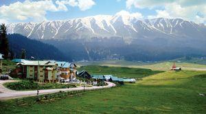 Kashmir Guide : Part 3 - Gulmarg : Where diazepam runs in the air