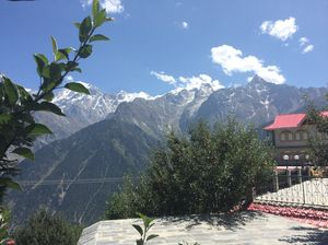 Journey to the last inhabited village of India - Chitkul (and Kalpa)