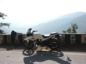 Solo Bike Ride To Chaubatia Garden, Bhalu Dam, Kainchi Dham and Nainital (1 Day)