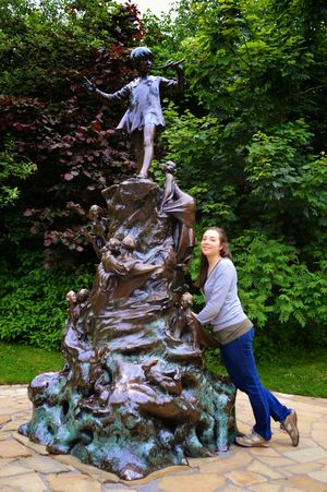 Peter Pan Statue 1/1 by Tripoto