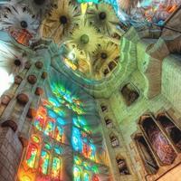 La Sagrada Familia 3/34 by Tripoto