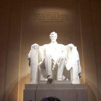 Lincoln Memorial 3/3 by Tripoto