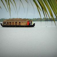 Alleppey Boathouse 2/60 by Tripoto
