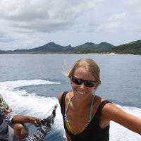Betsy Travel Blogger