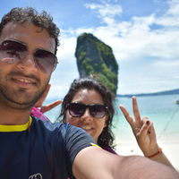 Footloose Backpackers Travel Blogger
